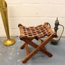 Chaises traditionnels marrons pour la maison