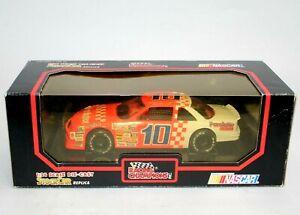 Derrike Cope 1991 #10 Purolator Lumina 1:24 Racing Champions Black Box New NOS