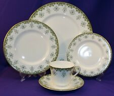 VINTAGE 1970'S ROYAL DOULTON CHINA ASHMONT 5 PC PLACE SETTING H5010 ENGLAND