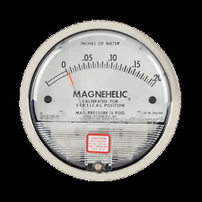Dwyer Magnahelic Gauge 2002 with Mounting Kit