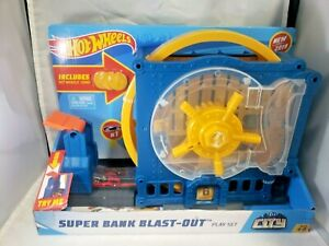 Hot Wheels - Super Bank Blast-Out Playset - Car Launcher & Vault Toy *FREE SHIP*