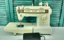 Vintage SINGER STYLIST 834 Zig Zag Sewing Machine with Pedal