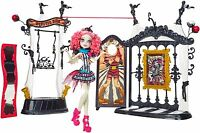Monster High MONSTER MANEGE inkl. Rochelle Goyle Freak du Chic Zirkus OVP CHW68
