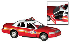 Voiture miniature Fire Chief Department New york FDNY 1:43 Ford Crown victoria rt8730