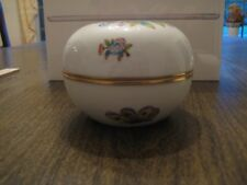 HEREND Queen Victoria large size Bonboniere/Trinket/Candy dish
