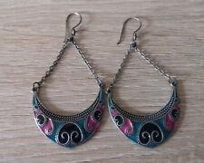Boucles d'oreilles ciselées orientales indiennes