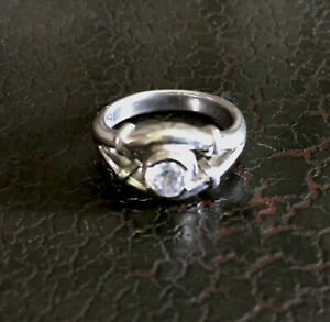 VTG Sterling Silver 925 Size 8 Glass Rhinestone Solitaire Ring Heavy 6.6G