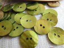 set 10 bottoni in madreperla verde 2 fori Diametro: 1,7 cm ref 2006