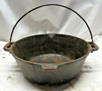 Vintage Cast Iron Dutch Oven NO LID Made In USA No. 7 / 10-1/4 Inches