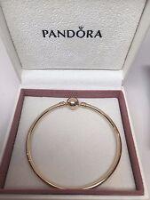 New w/GIFT SET Pandora Medium 14 kt ALL Gold Bangle Bracelet 19 CM 7.5 in 550713