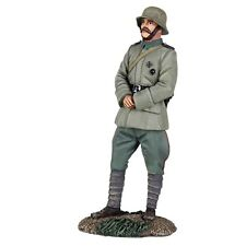 W Britain Soldiers 23087 WWI German Infantry Officer Standing With Hands Clasped