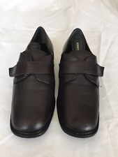 Clarks Women Dark Brown Leather Shoes Size 4 (H49).