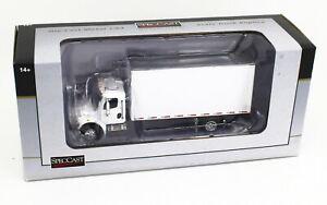 1:64 SpecCast *WHITE* Freightliner M2 Delivery Truck NIB!