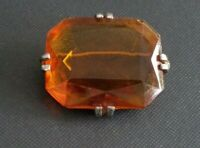 GENUINE VINTAGE GOLDTONE AMBER FACATED GLASS BROOCH MID 50'S ( my ref 6/59 )