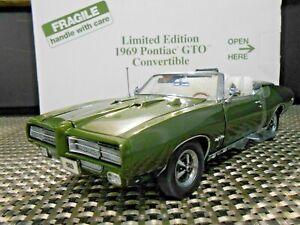 "Danbury Mint 1969 Pontiac GTO Convertible 1:24 ""Verodo Green"" Limited Edition"