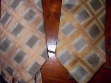 Lot (2) New Van Heusen 100% Silk Men's Dress Neckties NWT