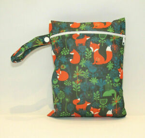 Small Wet Bag for Nappies, Breast Pads, Wipes, Cloth Pads - Foxes