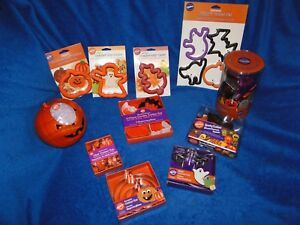 New Vintage Wilton Halloween Cookie sets, you pick from 11 kinds