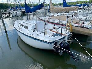 Columbia 7.6 Sailboat