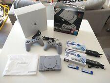 Like brand new -ps1 PlayStation Classic Mini + 220 Games + 2 Trueblue mini 64 gb