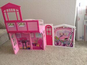 Vintage Mattel 2009 Barbie Doll House Case Excellent Cond.