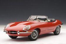 1 18 Autoart 1961 Jaguar E-Type Coupé series I 3.8 red