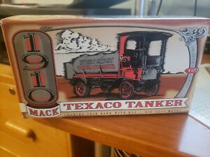 Texaco #12 '95 Ertl 1910 Mack Tanker Truck Bank