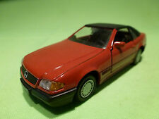 GAMA  1:43  -  MERCEDES BENZ 500SL  1137  SOFTTOP  - RED    IN GOOD CONDITION