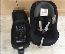 Maxi Cosi 2way Pearl Car seat & 2way Familyfix Isofix Base Group 0+/1 One