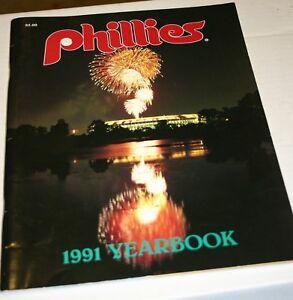 1991 PHILADELPHIA PHILLIES BASEBALL 1991 YEARBOOK  DALTON DYKSTRA HAYES HOLLINS