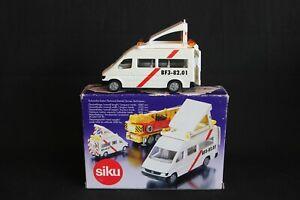 """Siku Mercedes-Benz Sprinter Wide Load Escort Van """"Zwaar Transport"""" 1:55 (J&KvW)"""