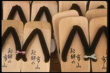 065165 sandalias de madera de Takayama, Japón A4 Foto Impresión