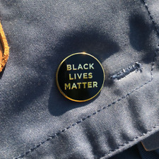 BLACK LIVES MATTER BLM Support Anti-Racism Protest Metal Lapel Pin Badge 3cm UK
