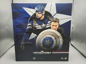 Hot Toys MMS243 1/6 Captain America & Steve Rogers Collectible Figure Set USED