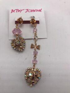 $45 Betsey Johnson mismatch glamour heart drop earrings  E1