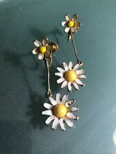 """Flowers White Yellow Gold 2"""" Retro Vintage Weiss Earrings Signed Clip On Daisy"""