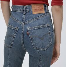 VETEMENTS Classic High Waisted Blue Levi's Jeans Size Small / 28