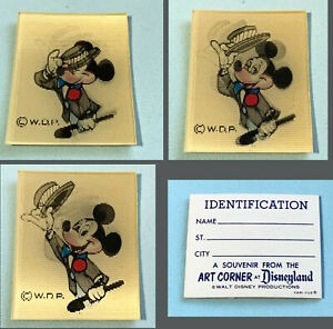 Disneyland Vintage Souvenir Art Corner Identification Card w/ Lenticular Mickey