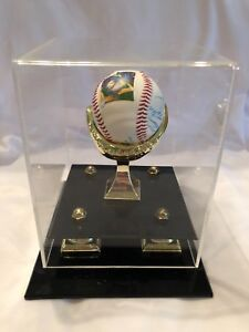 Florida Marlins Opening Day 1993 -Autographed Ball  certified 410/1000
