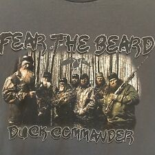 Duck Dynasty T Shirt Sz M Fear the Beard Duck Commander Gray with Color Graphic