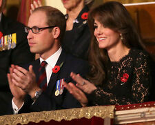 Catherine, Duchess of Cambridge & Prince William UNSIGNED photo - H5822