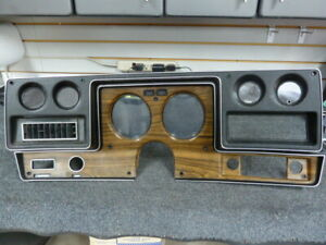 1975 - 1977 Chevy Malibu Chevelle El Camino Rally Style Dash Gauge Bezel Black