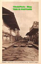 R383373 Pompei. Nuovi scavi sulla Via dell Abbondanza. Mostre di negozi. Shopkee