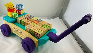 Winnie the Pooh Talking Wagon with 21 Blocks Working and in Great Cond FREE SHIP