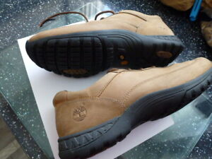 MENS TIMBERLAND SHOES / TRAINERS  8,5 M UK  LEATHER  VGC