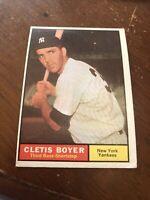 1961 topps baseball card new york yankees #19 cletis boyer