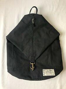Kavu Free Range Bucket Style Bag Black