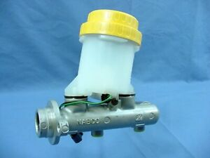 New Bendix 13112 Brake Master Cylinder for 94 95 96 97 Legacy Outback NO ABS