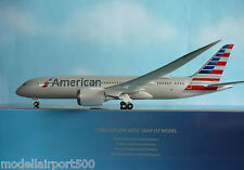 Hogan Wings 1:200 Boeing 787-8 American Airlines li4975gr + Herpa Wings catálogo