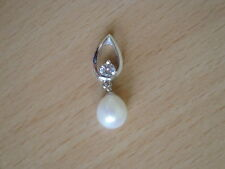 8mm White Freshwater Cultured Pearl Pendant-pn49
